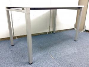 【1台限定!】ホワイト天板 ミーティングテーブル|その他シリーズ(中古)