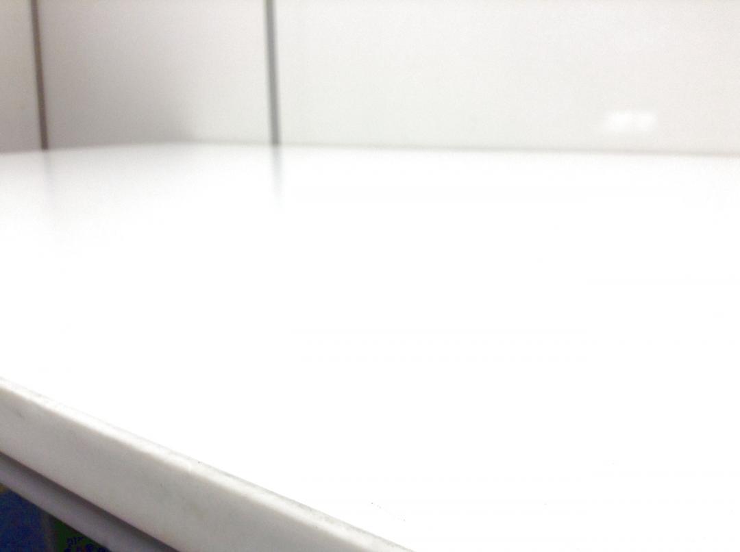 【人気のホワイト天板】頑丈なT字脚 W1200|その他シリーズ(中古)