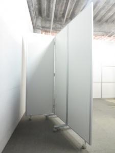 【マグネットが使えます!】■3連スチールパーティション ホワイト■W1800mm【W600mmパネル×3枚連結】■掲示板パネル|折り畳みパーティション