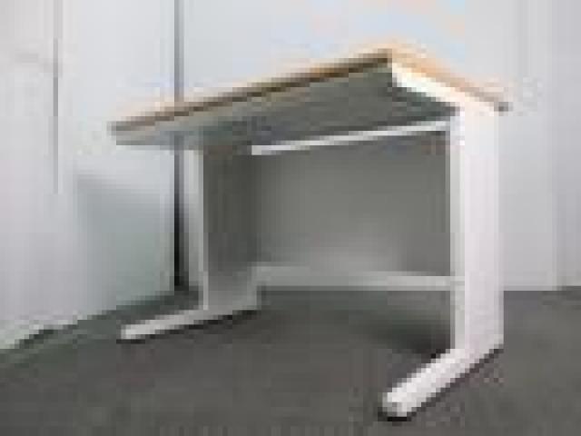 【4台セット】【在庫入替のため40%OFF!!】【中古】TOYOSTEEL製のナチュラル天板のデスク入荷です!