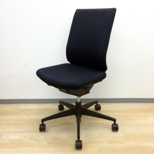 【永年愛されてきた多機能OAチェア!】人気の高いブラック!ハイバック仕様の為、ゆったりと座れます!【KOKUYO】【Wizard】