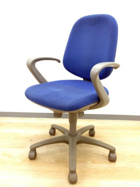 【オカムラ製の定番のチェア!!しっかり快適な座り心地を与えてくれます!】オカムラ製 SXチェア