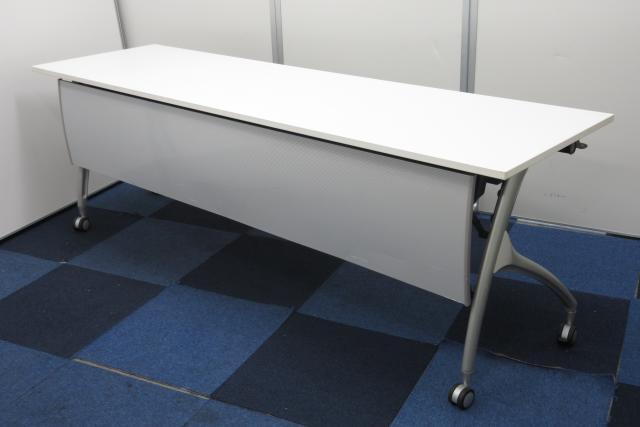 【残り3台大特価商品】大人気スタッキングテーブルが入荷!!【人気のホワイト天板!!】