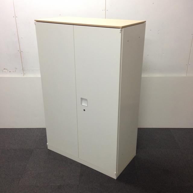 【限定4台入荷】オカムラ製のオフィスを明るくする両開き書庫が入荷致しました☆天板ナチュラル