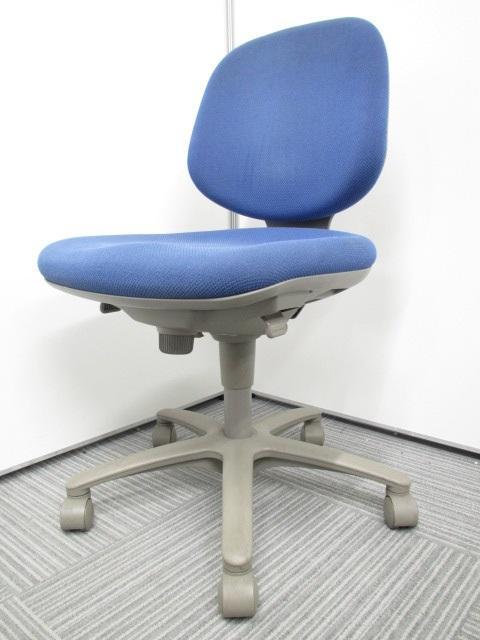 【今だけ数が揃います!!】万人受けするシンプルなデザイン!!オカムラ(okamura) SXチェア!!【ローコスト椅子といえばコレ!!】【専門業者によりクリーニング済み】【即持ち帰り可能です】