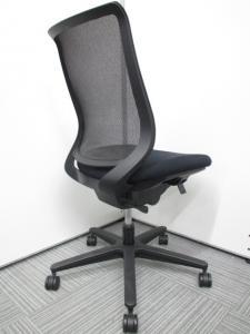 [状態良好品が大量入荷!]オフィスチェア肘無 メッシュチェア Mitra(ミトラ)チェア[専門業者によりクリーニング済み][上野店厳選商品][mitra](中古)
