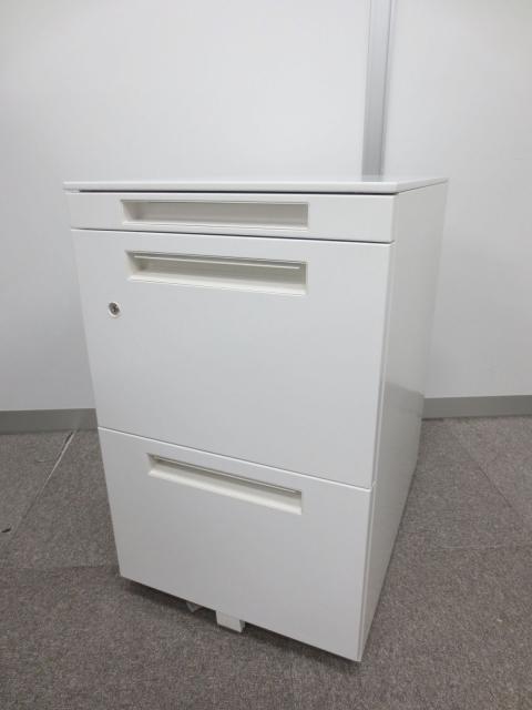 【フリーアドレスデスク向け】シンプルデザインでたっぷり収納【人気のホワイト色】