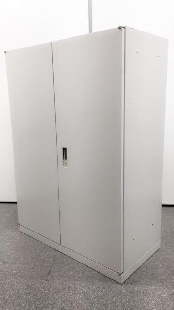 【高さ1250mmサイズ】観音開きタイプのオカムラ製書類入れ 【A4サイズ3段分収納可能】【中古オフィス家具】