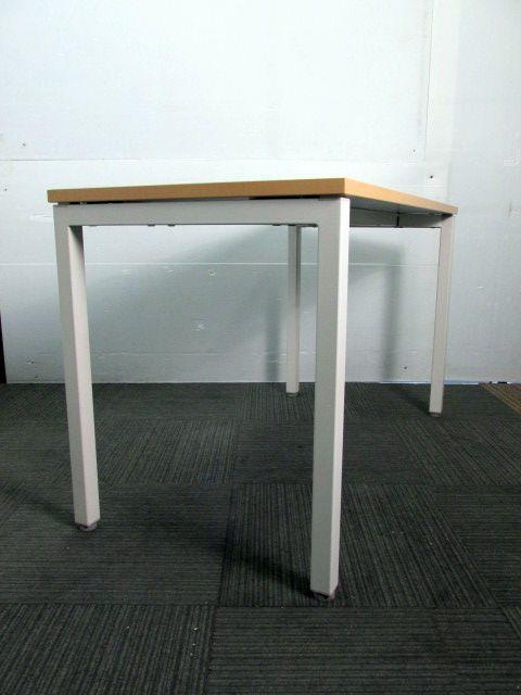 【中古 ミーティングテーブル】どの場面でも活躍出来る多目的なテーブル◇ナチュラル◇