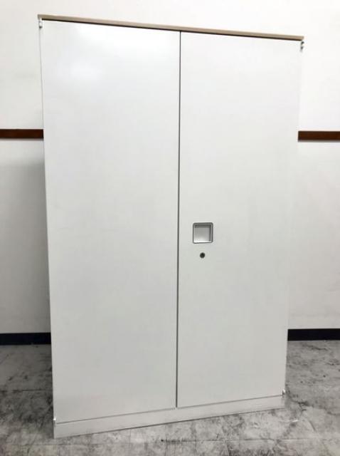希少サイズH1270 オカムラ製のレクトラインシリーズ天板付き両開き書庫が入荷致しました!