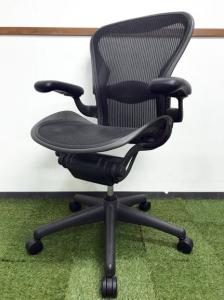リクライニング不良につき|オフィスチェアの中で不動の地位を築き続けるアーロンチェア入荷|1脚限定の大特価!! [Aeron chair](中古)