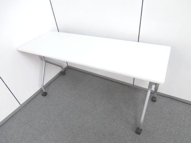 【注目商品!!サイドスタックテーブルのホワイトカラー】■サイドスタックテーブル ■ホワイトカラー ■キャスター付 ■折畳み
