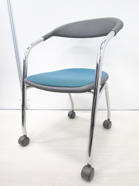 【12脚揃います!】丸みを帯びたかわいらしいデザイン!使わない時には平行に重ねて収納が可能!【ネスティングタイプ】【スタック】