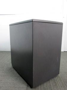 【キャスター付き】オカムラ製中古2段ワゴン ブラック色 【福岡在庫商品】(中古)