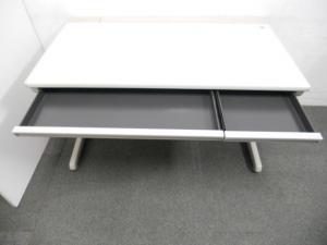 【在庫入替につきお買い得!】■平デスク(W1200mm)■配線機能も充実!SD-eシリーズ【B】[SD-e Desk system](中古)