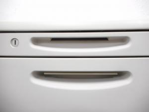 【デスク収納の必需品!】■オカムラ製 3段ワゴン ■【OKAMURA SDシリーズ】(中古)