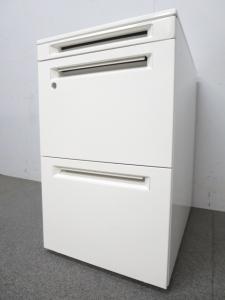 【最先端のオフィスにフィット!】■オカムラ製 3段ワゴン ■アドバンスシリーズ ホワイト