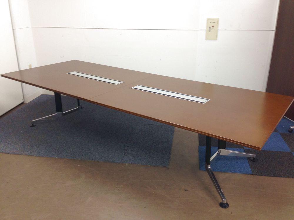 【ハイクラスの会議テーブル】大容量配線ボックスを備えた上質な仕上がり!【グッドデザイン】【2016年製】