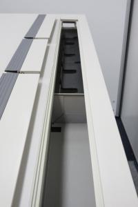 【コンパクトで使いやすい事務机!!】天板下に受棚のある幅1000mm片袖机!!【定番のカラー、ニューグレー】[new_mx](中古)