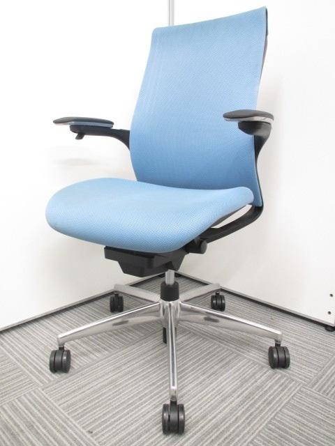 【座る人の体に合わせて】コクヨ製 M4チェアリクライニングロックを自動調節 強さに変化するオートアジャストロッキングを採用しています。お値打ち価格ながら高性能なチェアです!
