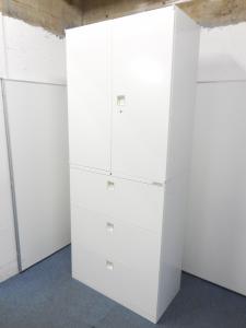 【定価19万円の高級書庫!】清潔感溢れる人気色のホワイトカラー!オカムラ製上下書庫セット入荷!