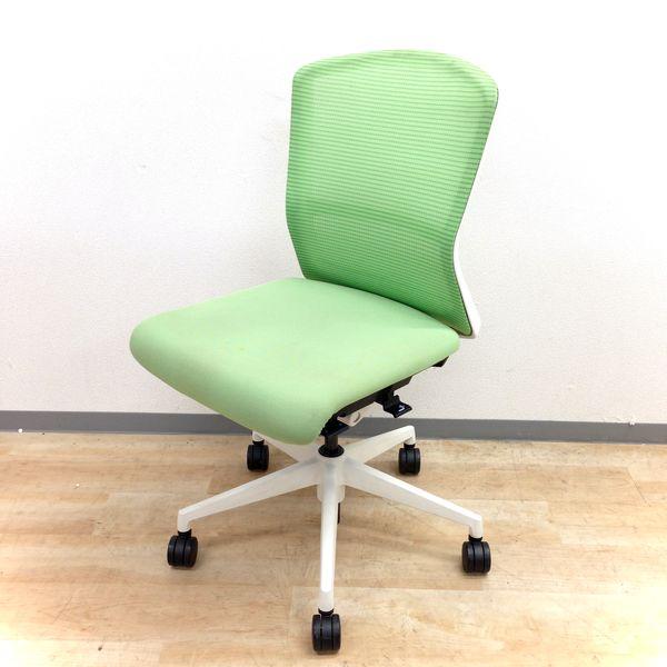 【ホワイトフレームとグリーンがオフィスを明るく!】ウチダ製エルフィチェアを4脚入荷!【2014年グッドデザイン賞受賞】