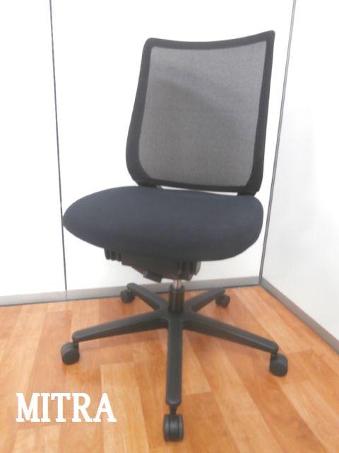 【あらゆるシーンに美しく馴染むデザインに快適な座り心地を実現する充実の機能を搭載】■コクヨ製 ■ブラック ■メッシュ ■快適OAチェア