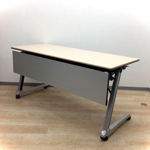 【6台入荷、商談やセミナー、休憩室用などに】オカムラ製・サイドスタックテーブル インターアクト