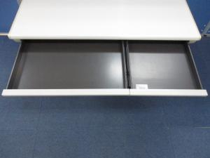【大人気シリーズ!!】岡村製作所(okamura)製 平机 SDシリーズ ■省スペースに最適な横幅1000mm、奥行き700mm![SD Desk system](中古)
