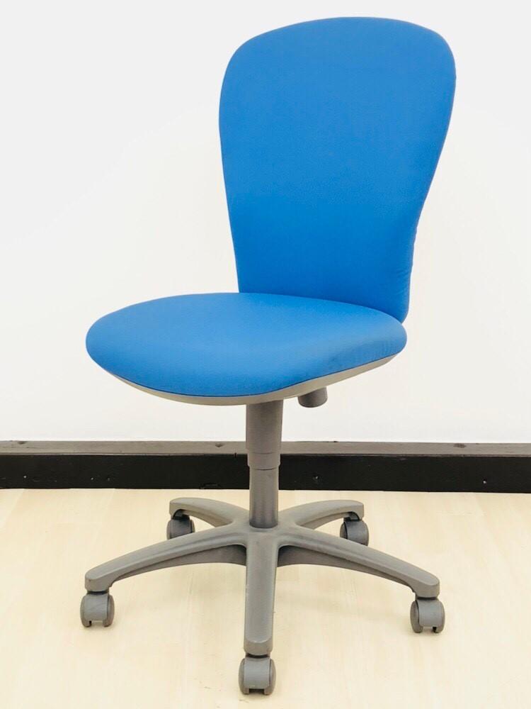 【4脚揃います!】コクヨ製・レグノチェア!定番商品がオフィスに映えるブルーカラーで入荷!