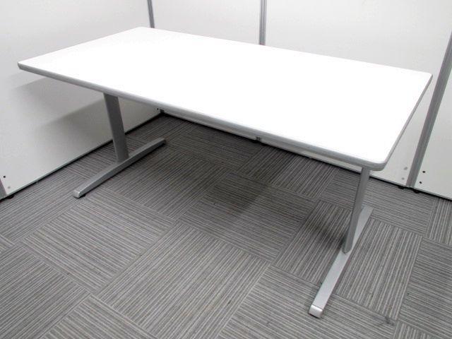 【ミーティング・作業台】オカムラ(okamura) ミーティングテーブル ワイド1500mmで2~4名のミーティングに最適。【人気のホワイトカラー】