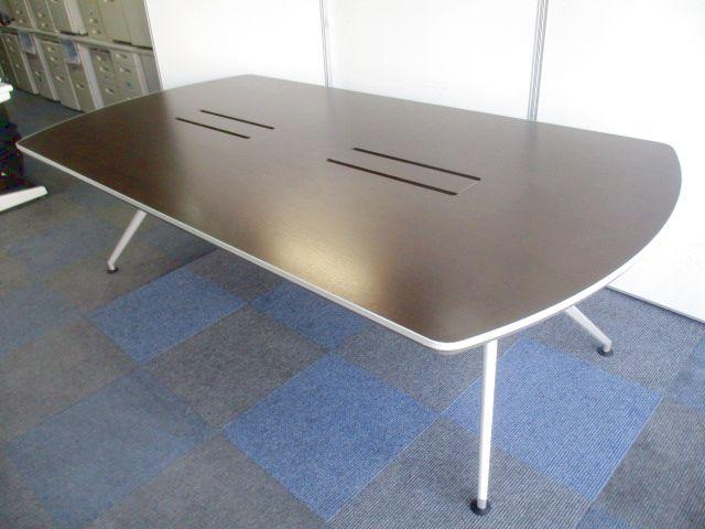 【楕円型会議用テーブル入荷!】幅2400mmで6名~8名様向け【シャープ&モダンデザイン代表!】