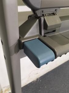 【1台入荷】脚付き両面ホワイトボード|W1200|使い勝手のいいコンパクトサイズのホワイトボード入荷致しました!|不明(中古)