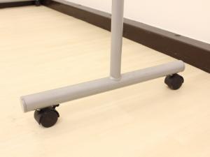 横幅広々W1900mmの自立式両面ホワイトボードが1台のみ緊急入荷!】会議室、研修スペースにいかがでしょうか? |無し(中古)