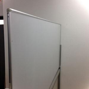【限定1台!】お問い合わせの多いホワイトボードが入荷!幅1800mmなので大きく書ける!|その他シリーズ(中古)