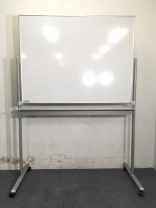 【1台入荷】オカムラ|両面ホワイトボード|W1200|定番の両面ホワイトボード入荷致しました!|不明(中古)