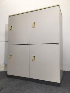 【10台入荷】コクヨ製 メールロッカー 4人分収納可能なメールロッカー入荷致しました!