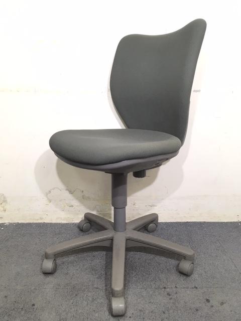 【起業時のコストダウンにおすすめ!】|事務椅子|定番のオフィスチェア!