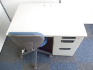 【片袖机とチェアのお得セット】オフィスの必需品!【使いやすい幅1000mm】|LA(中古)