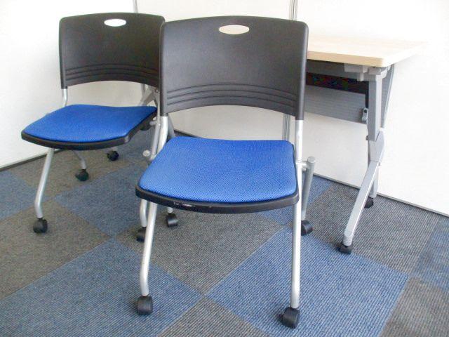 【省スペースに役立ちます!】会議チェアと会議テーブルのご案内!【畳めて掃除もらくらくです!】