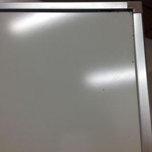 【1台限定】ホーロー仕上げ!内田洋行製現行モデルのホワイトボード!中古 ホワイトボード ホーロー 事務用品 オフィス家具 OB-300シリーズ(中古)