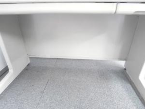 【シンプルで使いやすくコストパフォーマンスに優れた平机です!!収納も2ヶ所付いているので、小物の整理は完璧です!!】■ニューグレー ■おつとめ品 その他シリーズ(中古)