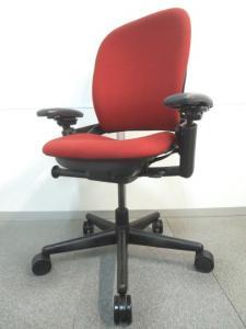 【快適な座り心地で大人気!】■スチールケース製 リープチェア スカーレット【Steelcase Leap Chair】