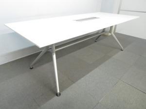 【美しいデザインが人気!】■イトーキ製 ミーティングテーブル ■【パソコンを使用した会議にも対応!】W2100mm ホワイト 配線ボックス付