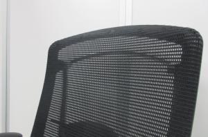 【肘パッド新品】世界で認められた革新的タスクチェア!!国内最高峰のオフィスチェア!!【グッドデザイン賞受賞!!】[Contessa](中古)