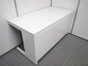 【現代オフィスの主流といえば!】ホワイトがまぶしい!大人気シリーズがロット入荷です![ADVANCE](中古)