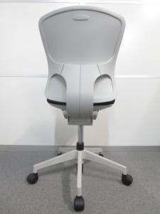 【キレイな未使用品!】■Valche(バルチェ) オフィスチェア ハイバック【1脚限定特価品!】(中古)