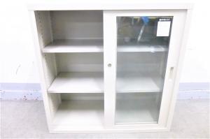 【上置き用、1台入荷】コクヨ製のガラス引き戸書庫入りました!既存の書庫の上に置くのはいかがでしょうか。一緒に下置き書庫もご紹介可能!|その他シリーズ(中古)
