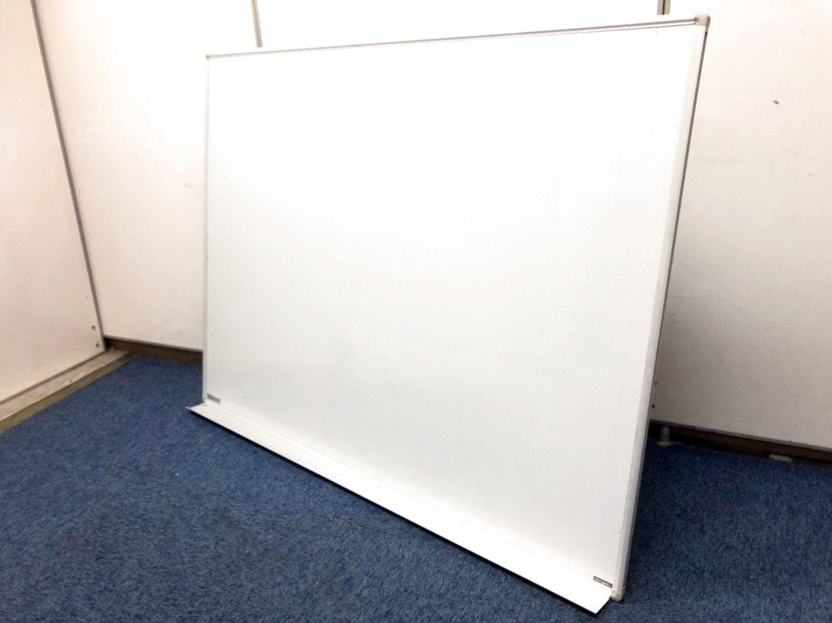 【残り1台 特別価格!! 壁掛けで省スペース】片面ホワイトボード