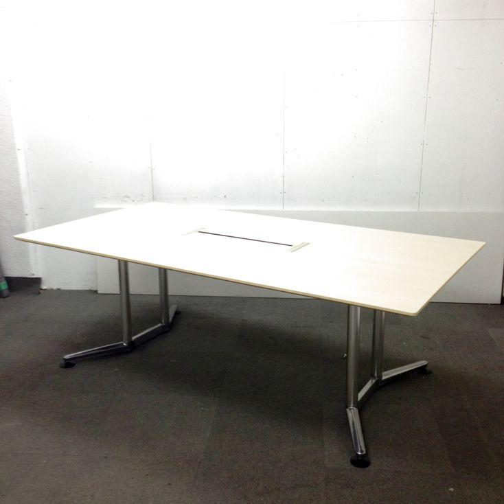 【高級大型テーブル!】オカムラ製 ラティオが待望の入荷!上質な空間へ!